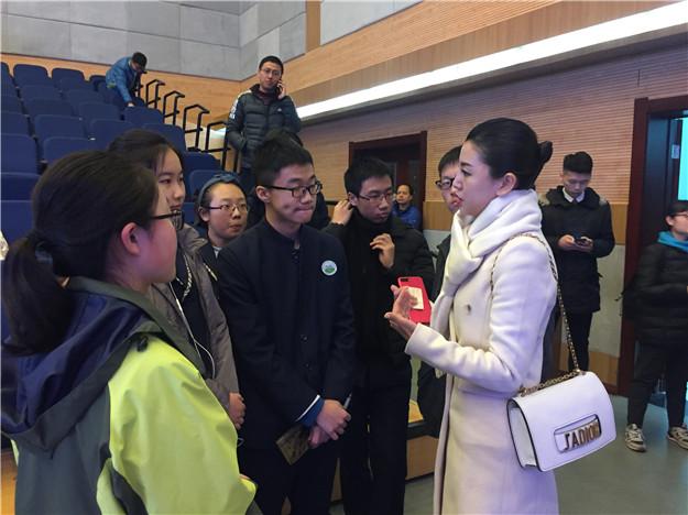 我校辩论队连续两届跻身陕西省中学生中文辩论赛前三名